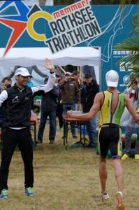 Tobias Heining gewinnt den Memmert Rothsee Triathlon 2014