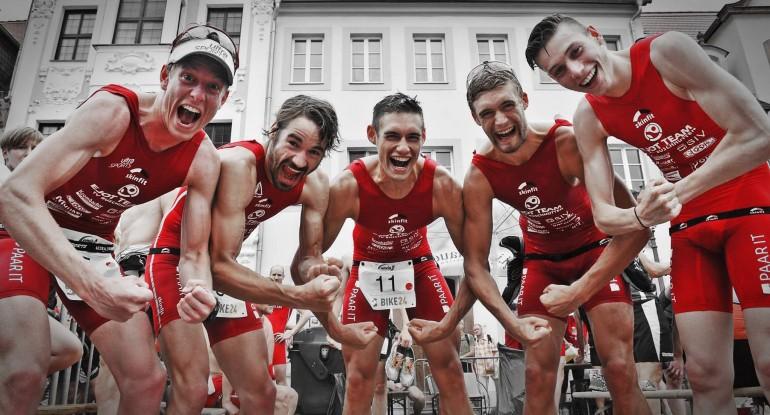 Felix und Simon Weiß holen Meistertitel in der 2. Triathlon Bundesliga mit dem EJOT Team