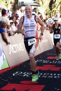 Andreas Bode im Zielkanal der Ironman 70.3 WM in Zell am See 2015