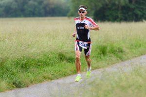 Markus Werner auf der Laufstrecke des Ironman 70.3 Kraichgau