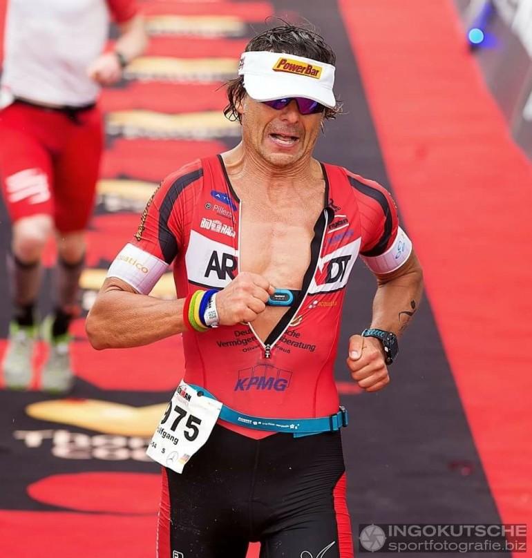 Wolfgang Schmatz – Schnellste Finisher Zeit in einem Ironmanrennen mit 54 Jahren!