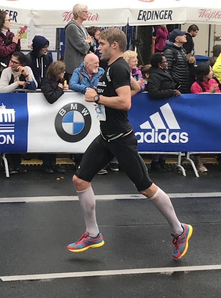 """Simon Weiss – Marathon Berlin """"Was ein geiler Scheiss!!!"""""""