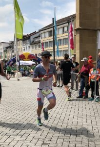 Marco Eckstein auf der Laufstrecke des Challenge Heilbronn 2019