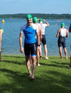Andreas Baumgartl vor dem Start des 31. Memmert Rothsee Triathlons