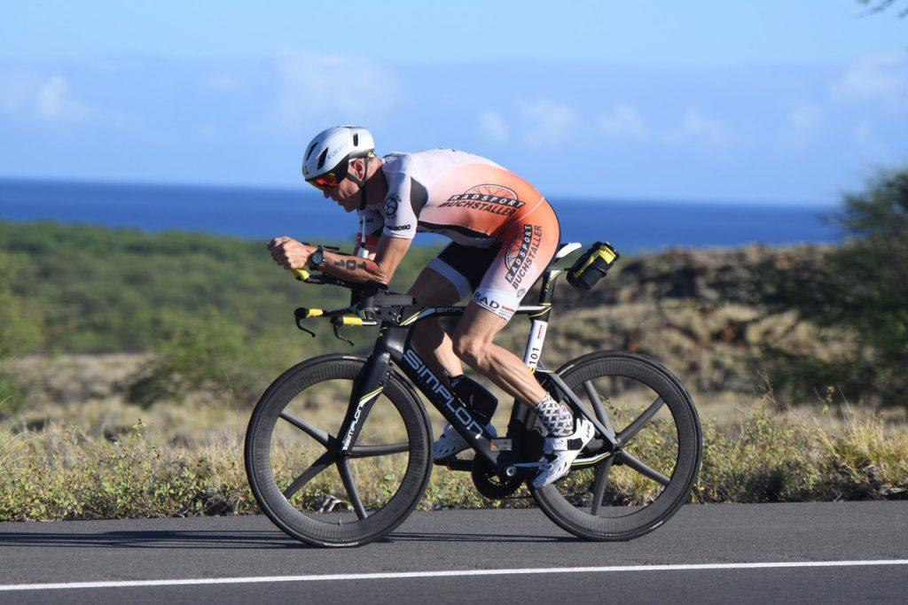 Andreas Bode auf der Radstrecke des Ironman 70.3 Hawaii