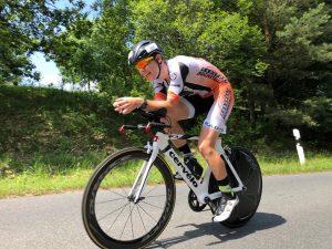 Ralf Domider auf der Radstrecke des Memmert Rothsee Triathlons 2019