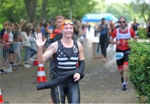 Jasmin Guthmann beim Triathlon in Bocholt